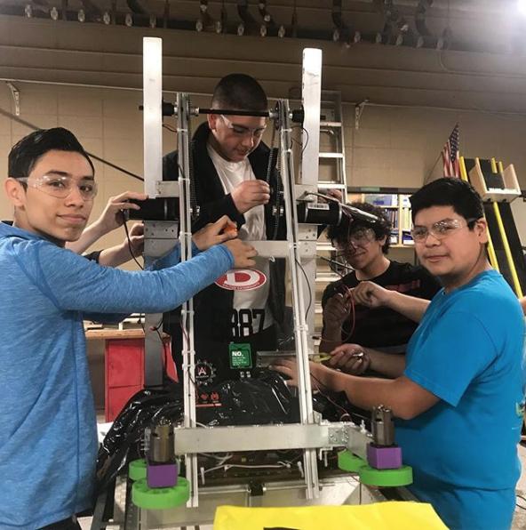 Students Tweak robot